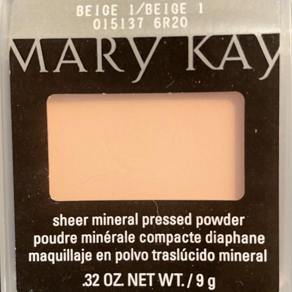 Mary Kay Beige 1 Sheer Mineral Pressed Powder